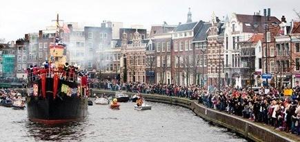 Pakjesboot 12 Sinterklaas Stoomboot